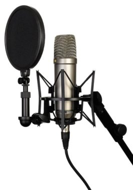 Rode NT1-A Studio Condenser Microphone with Pop Filter